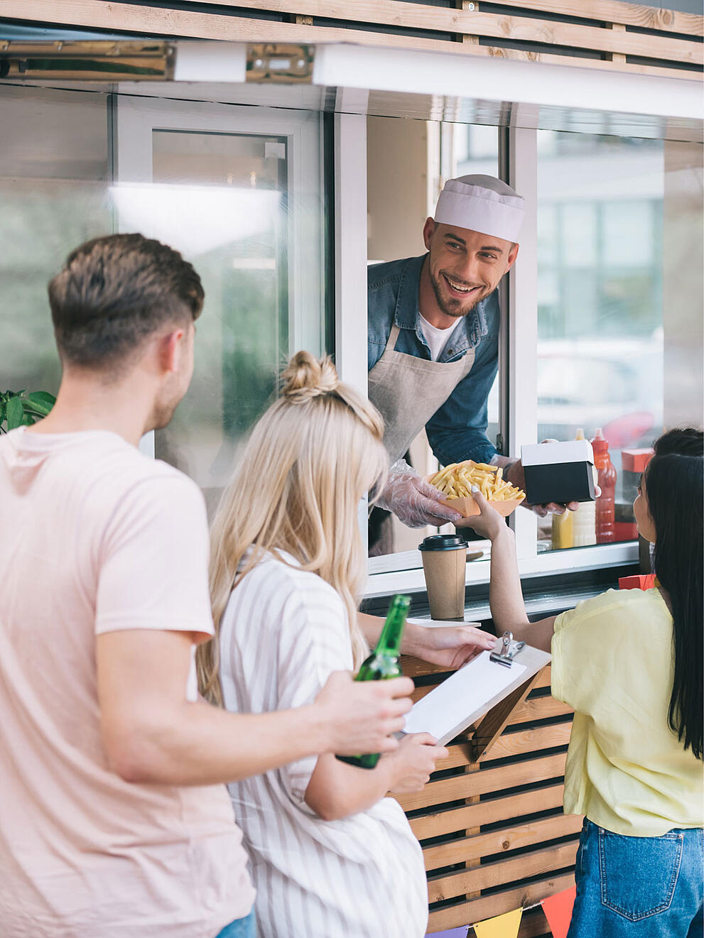 Things To Know When Starting a Food Truck Business